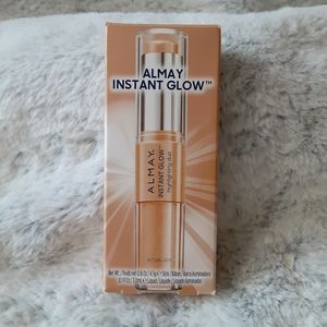 Almay Instant Glow Highlighting Duo New